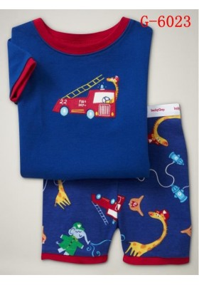 BabyGap Pyjamas Short Sleeve 2T to 7T Fire Engine