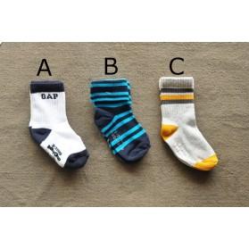 BabyGap Socks-Original 2-3Y/4-5Y S225